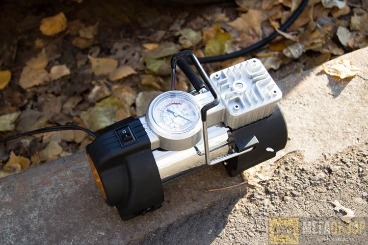 Автомобильный компрессор StarWind CC-240 - фото 11