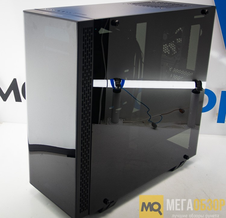 Thermaltake View 21 Tempered Glass