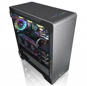 Thermaltake A500 Aluminum Tempered Glass Edition выглядит отлично