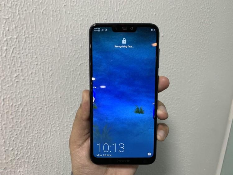 d90fa383c3dff Чем новинка отличается от похожих смартфонов Honor/Huawei, и есть ли у неё  будущее в очень конкурентном бюджетном/среднебюджетном ценовом сегменте?