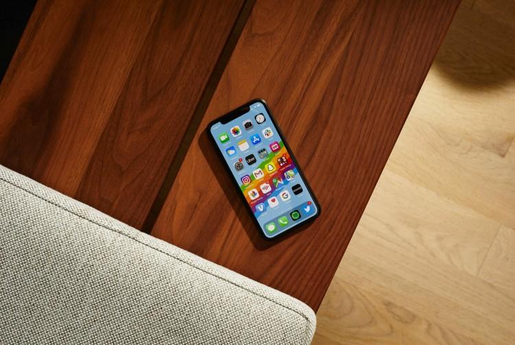 Сколько занимает система на iphone 11