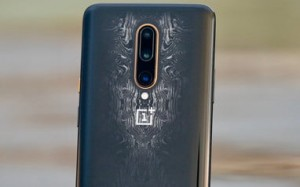 OnePlus 7T Pro McLaren Edition сравнили с Samsung Galaxy Note 10+