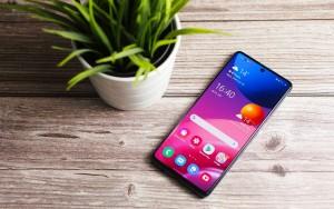 Samsung Galaxy M42 засветился в сети