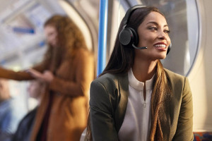 Компания Jabra объявила о выпуске гарнитуры Evolve2 75