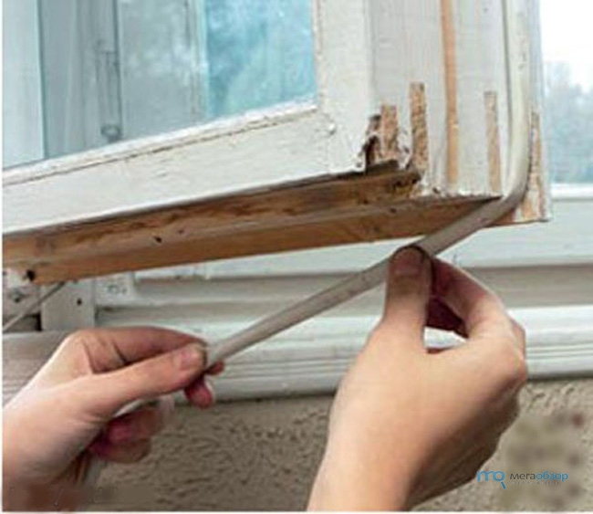 Как утеплить старые окна своими руками